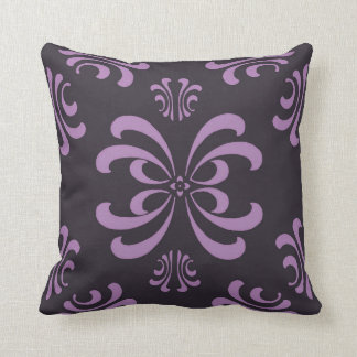 Almohada púrpura de la decoración del Flourish de