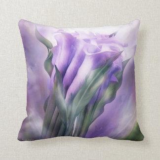 Almohada púrpura del arte del decorador de las cal