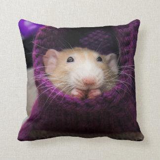 Almohada púrpura del calcetín del ratón de Marty
