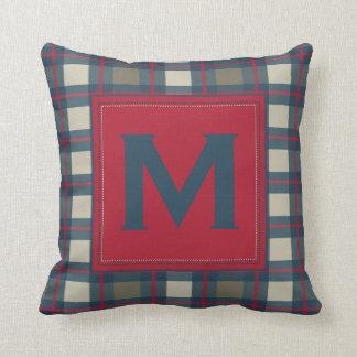 Almohada roja de color caqui azul terrosa de la te