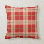 Almohada roja de la tela escocesa