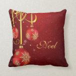 Almohada roja del navidad del damasco