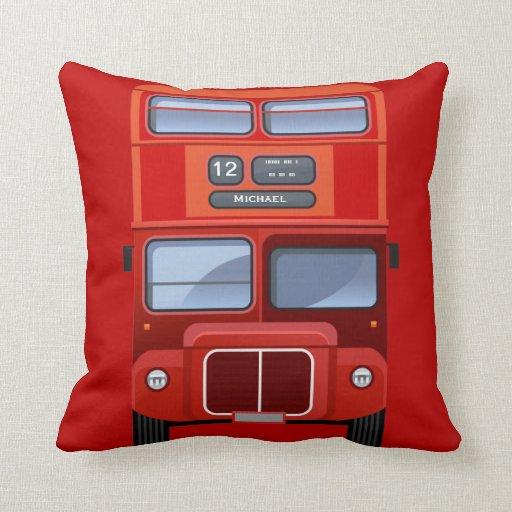 Almohada roja vieja del autobús del autobús de dos