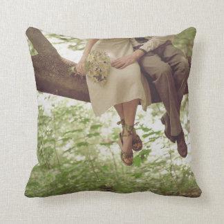 Almohada romántica del sofá del tiro de los pares