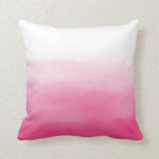 Almohada rosada brillante de Ombre de la acuarela