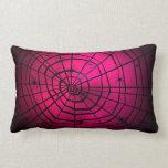 Almohada rosada de la tela de arañas