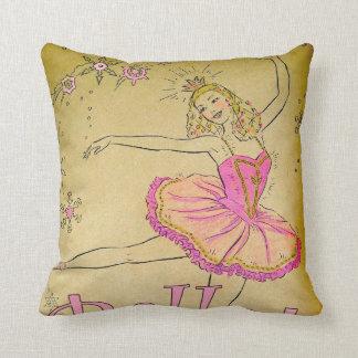 Almohada rosada del diseño de la bailarina del