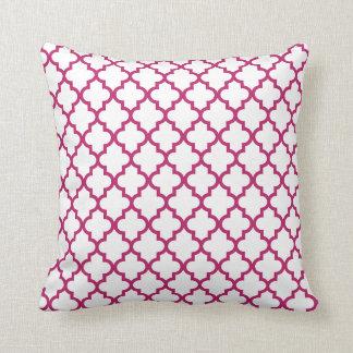 Almohada rosada del modelo del enrejado de la baya