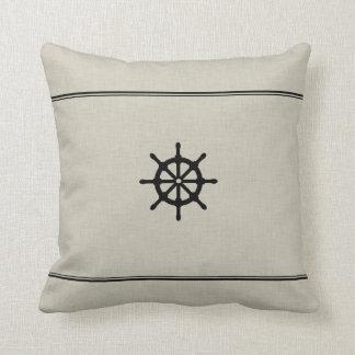 Almohada rústica de la rueda de la nave