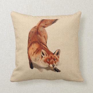 Almohada rústica del Fox rojo del arbolado