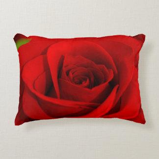 Almohada suave del rosa rojo