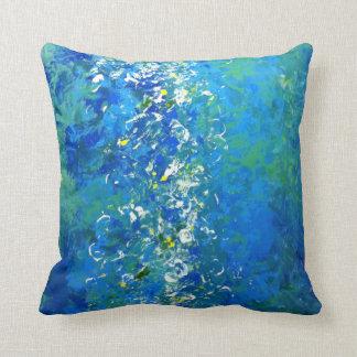 Almohada subacuática contemporánea azul