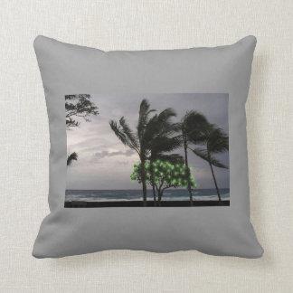 Almohada tempestuosa de las palmeras