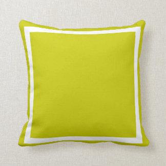 almohada verde clara sólida