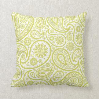Almohada verde del estampado de flores de Paisley