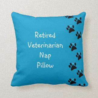 Almohada veterinaria jubilada de la siesta