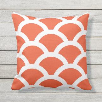 Almohadas al aire libre anaranjadas del tango - cojín de exterior