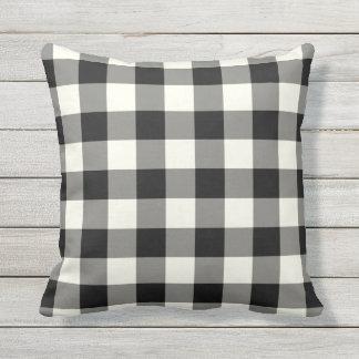 Almohadas al aire libre blancos y negros - modelo cojín de exterior