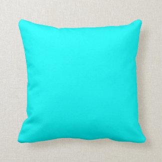 Almohadas azules demasiado brillantes
