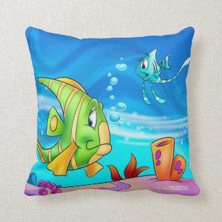 Almohadas de FriendFish, esta almohada linda