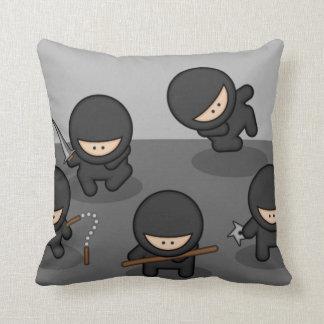 ¡Almohadas de tiro de encargo de Ninja! Cojines