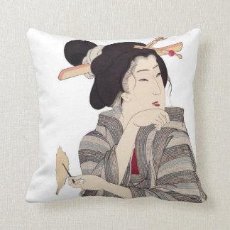 Almohadas de tiro japonesas hermosas del diseño