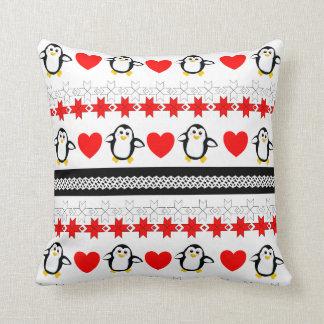 Almohadas de tiro modeladas pingüino banal lindo