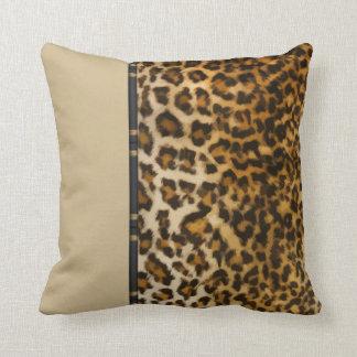 Almohadas de tiro modernas del estilo del leopardo