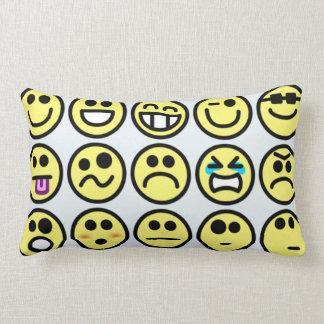 Almohadas de tiro sonrientes de los Emoticons de l