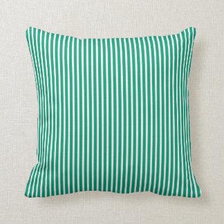 Almohadas decorativas rayadas del verde esmeralda