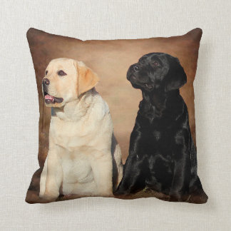 Almohadas del perrito del labrador retriever