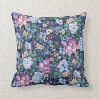 Almohadas florales de MoJo del americano