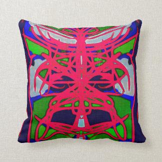 Almohadas tribales de la máscara del batik