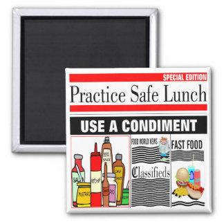 Almuerzo de la caja fuerte de la práctica imán cuadrado