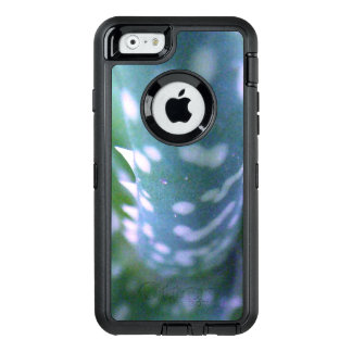 Aloe, Bug's View OtterBox Defender iPhone Case
