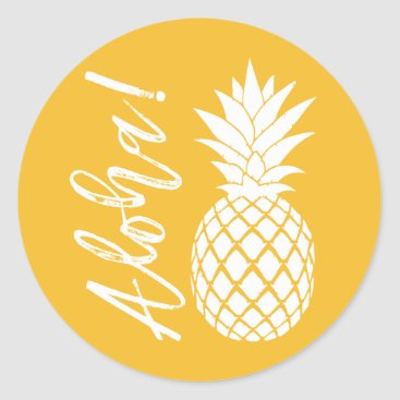 Beach Themed Aloha Pineapple Beach Wedding Luau | yellow white Classic Round Sticker