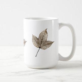 Alone leaf - mugs