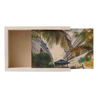 Alongside in Nassau Wooden Keepsake Box