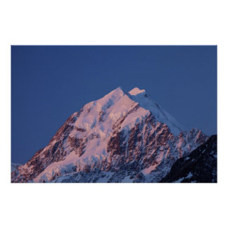 Alpenglow on Aoraki Mount Cook, Mackenzie 2 Poster