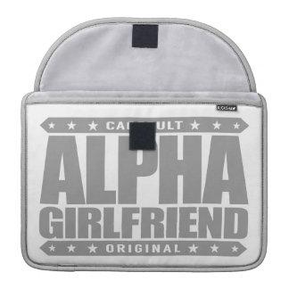 ALPHA GIRLFRIEND - I Wear The Skinny Jeans, Silver MacBook Pro Sleeve