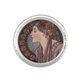 Alphonse Mucha art nouveau woman Laurel ring
