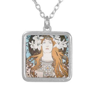 Alphonse Mucha Sarah Bernhardt art nouveau kind De Pendant