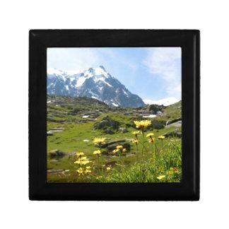 Alpine flowers - Beautiful! Keepsake Box