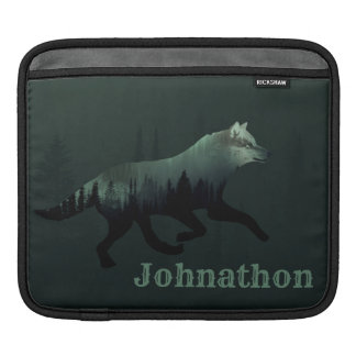 Alpine Wolf Running For Men And Teen Boys Sleeve For iPads