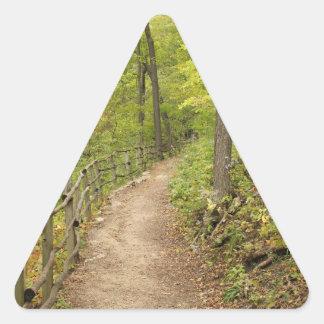 Alrededor de la curva pegatina triangular