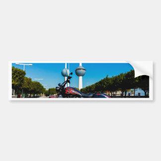 Alta bola de la victoria en las torres de Kuwait Pegatina De Parachoque
