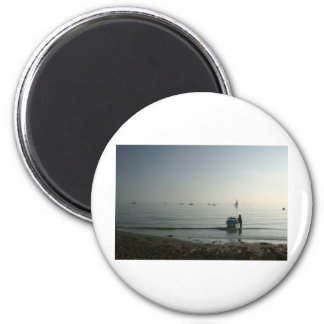 Alta marea, amanecer temprano imán redondo 5 cm