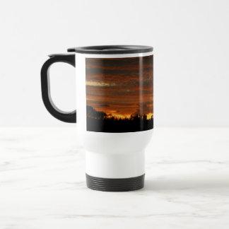 Alta taza #3 de la puesta del sol del desierto