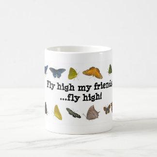 Alta taza de los amigos de la mariposa de la mosca