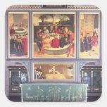 Altar con un tríptico que representa calcomania cuadradas personalizadas
